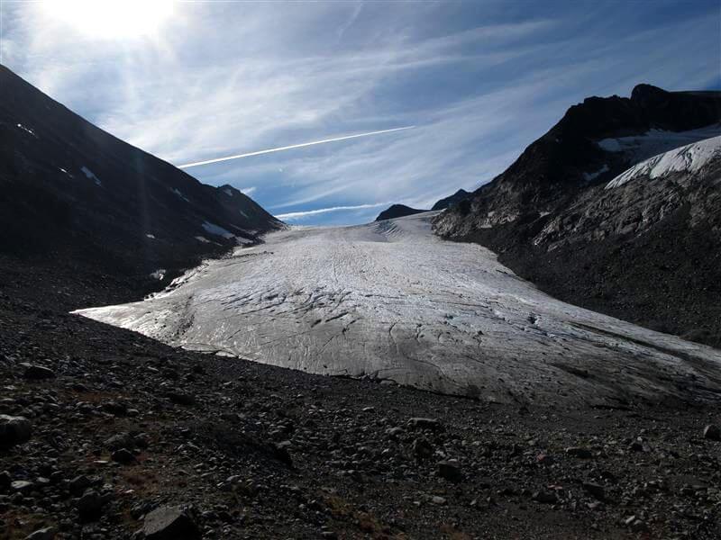 The front of the Hellstugubrean glacier in 2014.